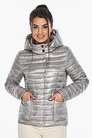 Фирменная куртка женская осенне-весенняя цвет перламутровый светло-серый модель 67510