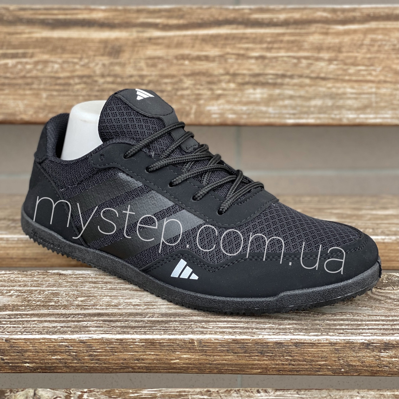 Кросівки чоловічі сітка чорні Bromen L-36