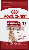 Корм Royal Canin Medium Adult 7+, для собак середніх порід від 7 до 12 років, 4 кг