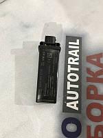 Блок, антенна контроля давления в шинах Volkswagen Cc 2.0L 2013 года (б/у) 3AA907273D