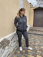 Жіночий стильний спортивний костюм на блискавці Батал