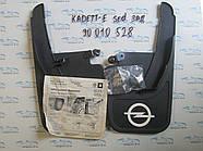Бризковики задніх арок Kadet-E sedan, GM 90010528