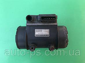 Витратомір повітря (ДМРВ) Mazda B2200 2.2 1990-1993 рік.