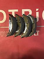Колодки гальмівні барабанні StarLine BC08630=440609415R Clio 2, Clio, Symbol, Logan 1, 2 Logan