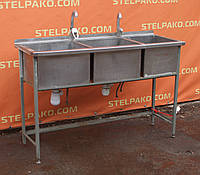 Мойка для кухни нерж., на металл. основе, 3-секционная 850х500х1400 мм., Б/у