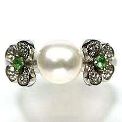 Серебряное кольцо с жемчугом белым, 2698КЦЖ