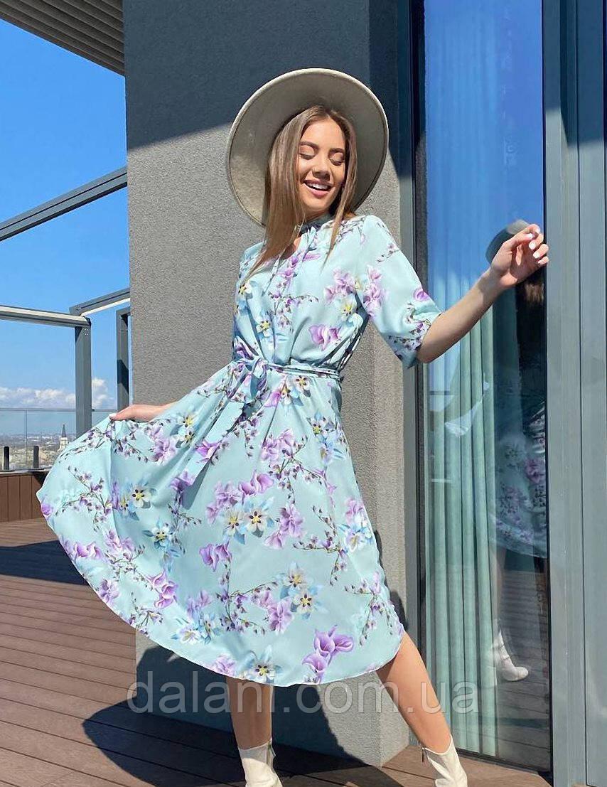 Женское весеннее ментоловое платье миди с цветочным принтом