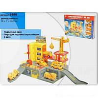 Паркинг игрушка: 4 машинки (стройтехника), подъемный кран, безопасные края