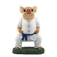 Садова фігура Свинка каратист