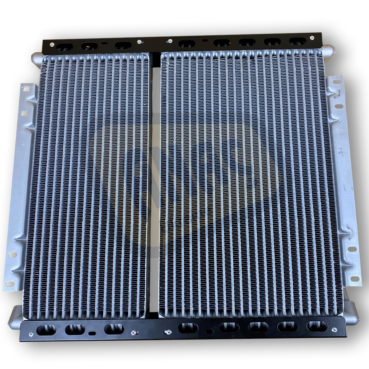 30/925615, 30/925615, 332/G3688, 128/14077 Радиатор на JCB 3CX, 4CX