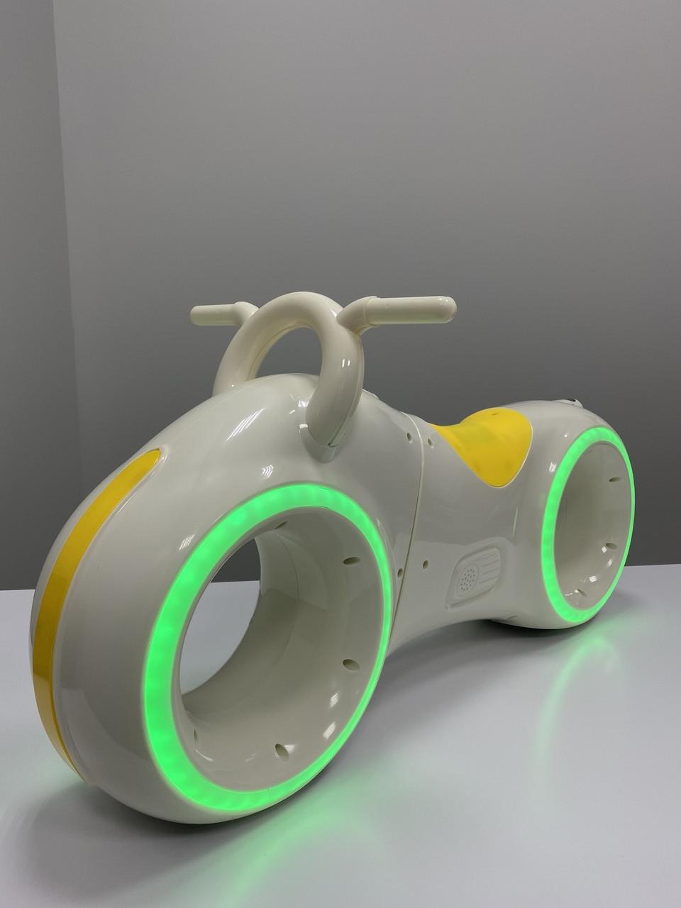 Дитячий беговел Трон байк - космобайк підсвічування, Bluetooth, Трон-Байк від Cosmo-байк