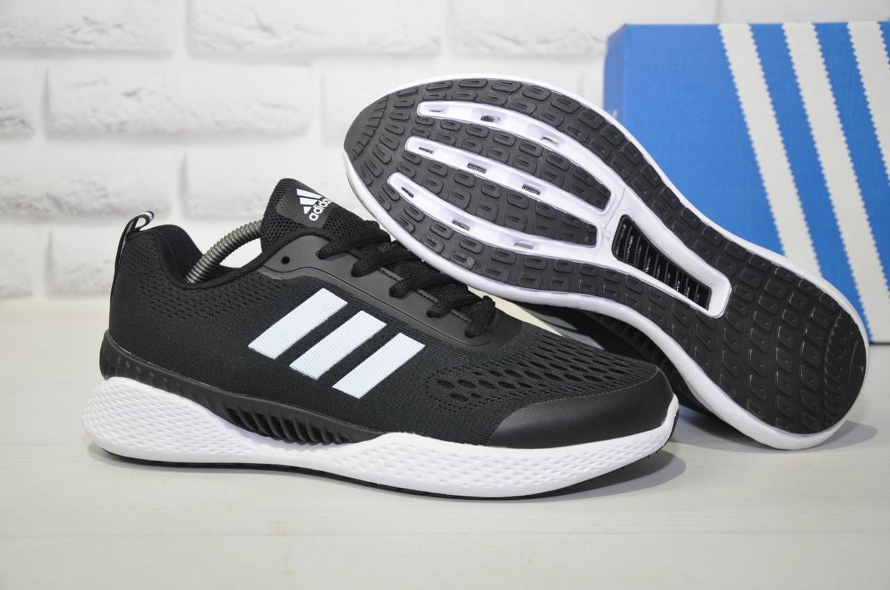 Мужские дышащие кроссовки черные на белой подошве в стиле Adidas Climacool