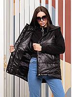 Модная женская стеганая осенне-весенняя короткая жилетка/безрукавка прямого кроя с капюшоном. Арт-4514/18 черная