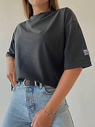 Женская  футболка с нашивкой, черного цвета