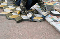 Укладка тротуарной плитки под ключ в Криничках, мощение дорожек, благоустройство, брусчатки, фото