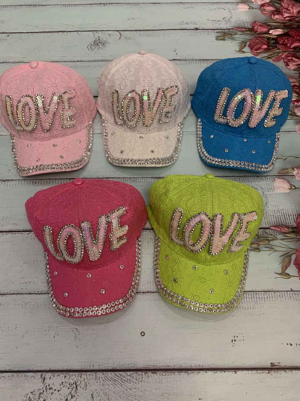 """Кепка детская для девочек """"Love"""" 52-54 см Цвет указывайте при заказе"""
