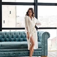 Молочный шелковый женский халат с французским кружевом
