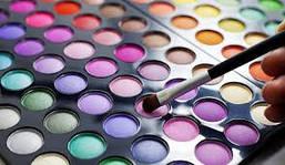 Палитры и наборы для макияжа