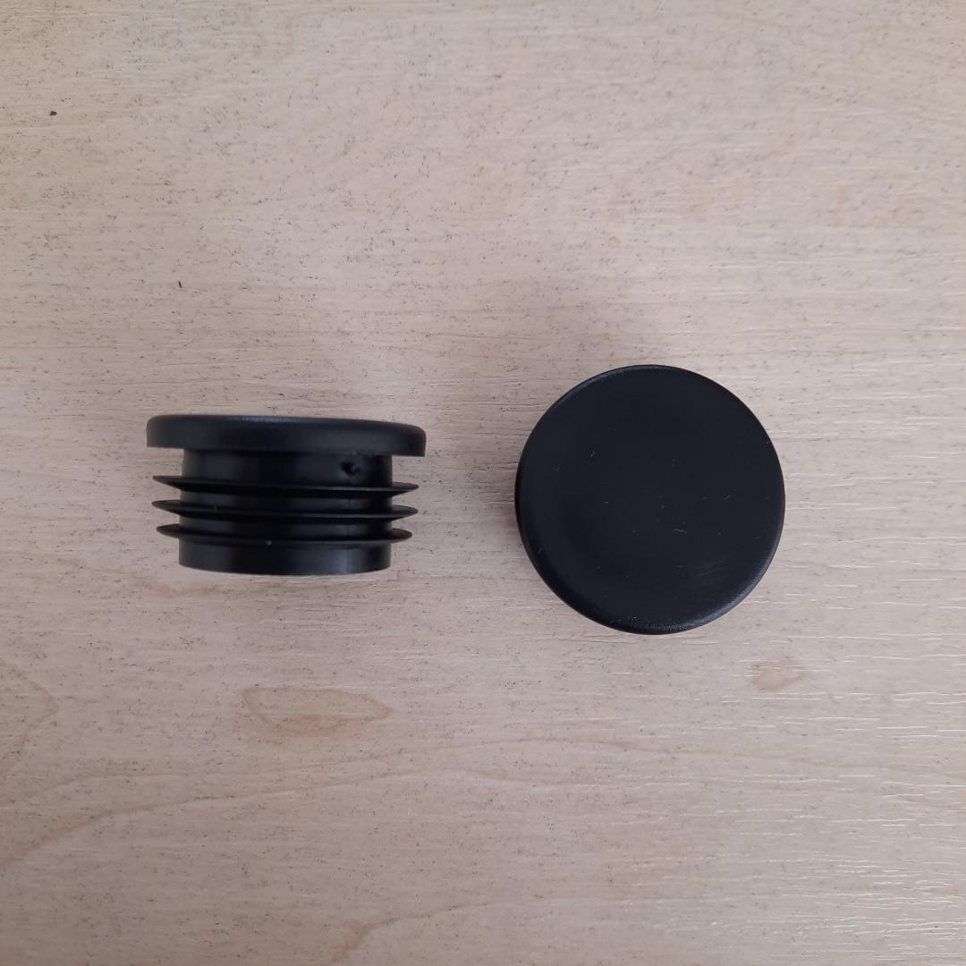 Заглушка внутрішня кругла 38