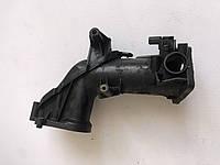 Патрубок дроссельной заслонки Mercedes M642