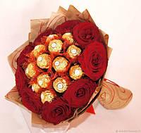 Букеты из роз и конфет рафаэлло Кристи подарочный поздравительный съедобный