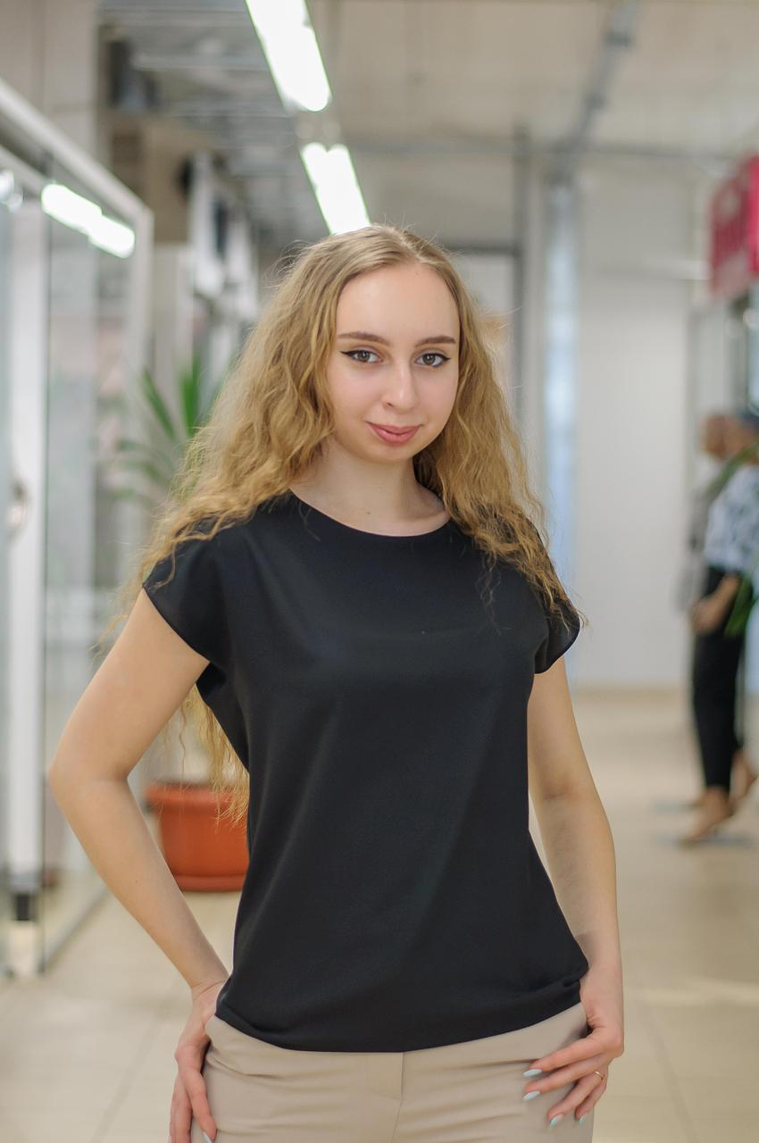 Женская базовая  блуза с коротким рукавом черная 029-50388
