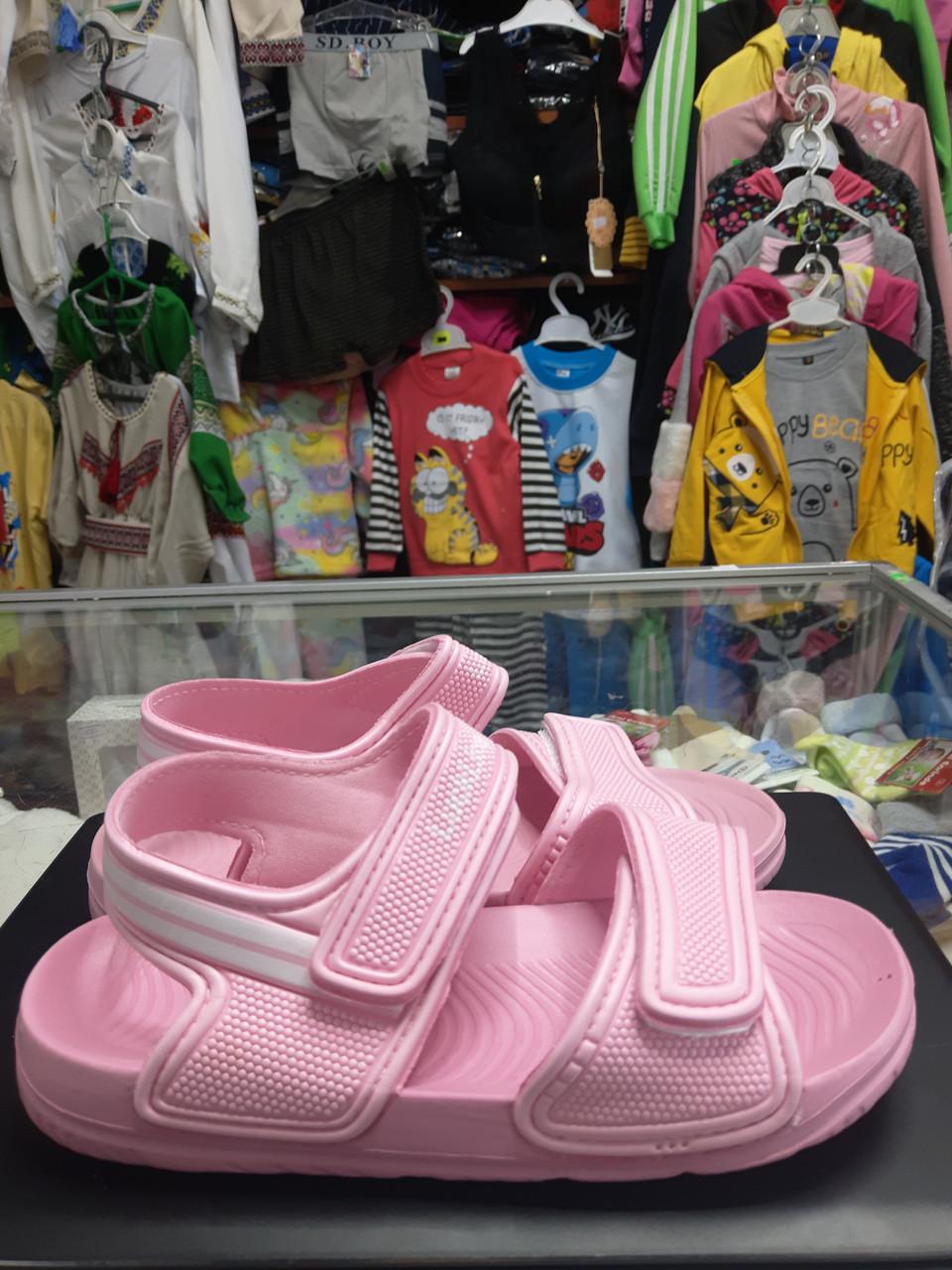 Літні легкі сандалі дитячі босоніжки для дівчинки розмір 18 19 20 21 22 23