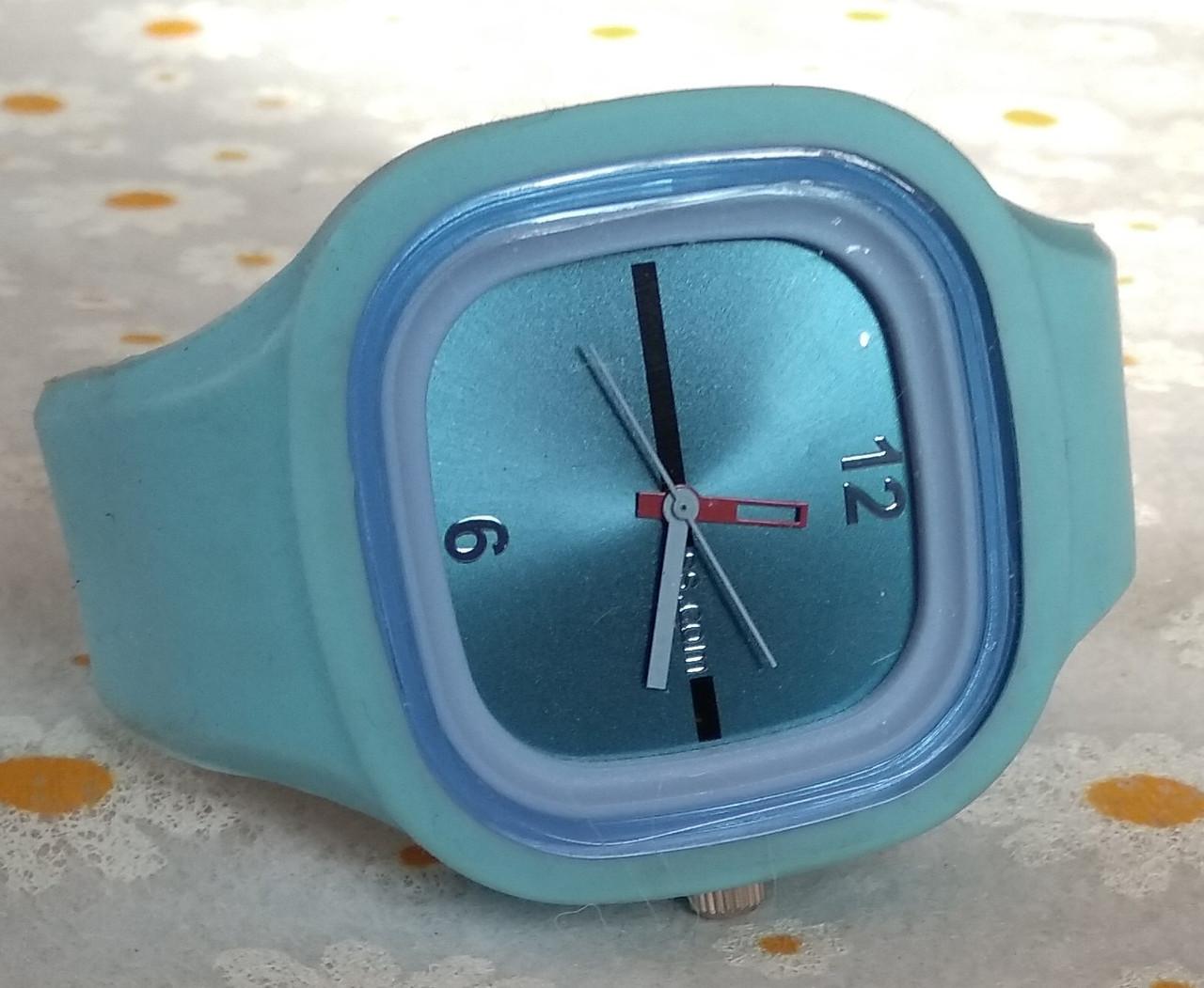 Часы наручные , силикон