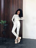 Вязаный костюм белый
