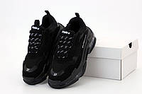 Женские кроссовки Balenciaga Triple S Women черные / Обувь Баленсиага Трипл С повседневные модные