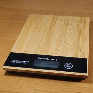 Кухонні ваги електронні настільні дерево Matrix до 5 кг з батарейками