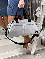 Женская спортивная сумка Nike цвет серебро из эко-кожи, стильная спорт-сумка