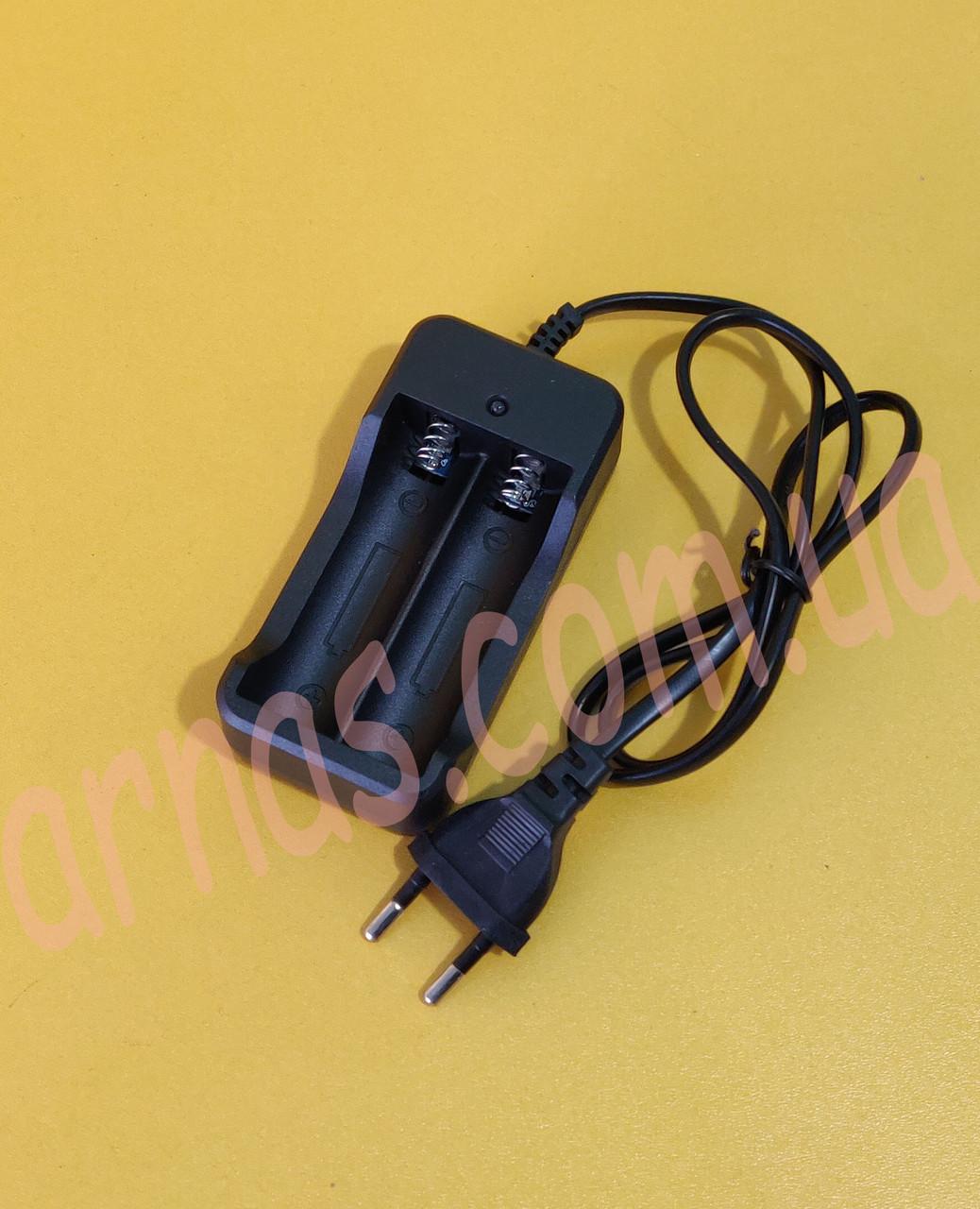 Зарядное устройство для 2-х аккумуляторов шнур