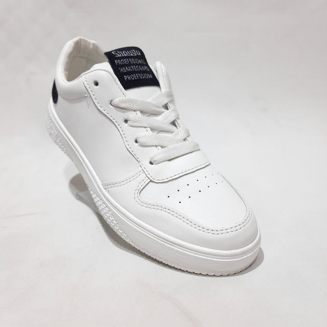 36,р. Весенние женские кроссовки из эко-кожи Белые Последняя пара