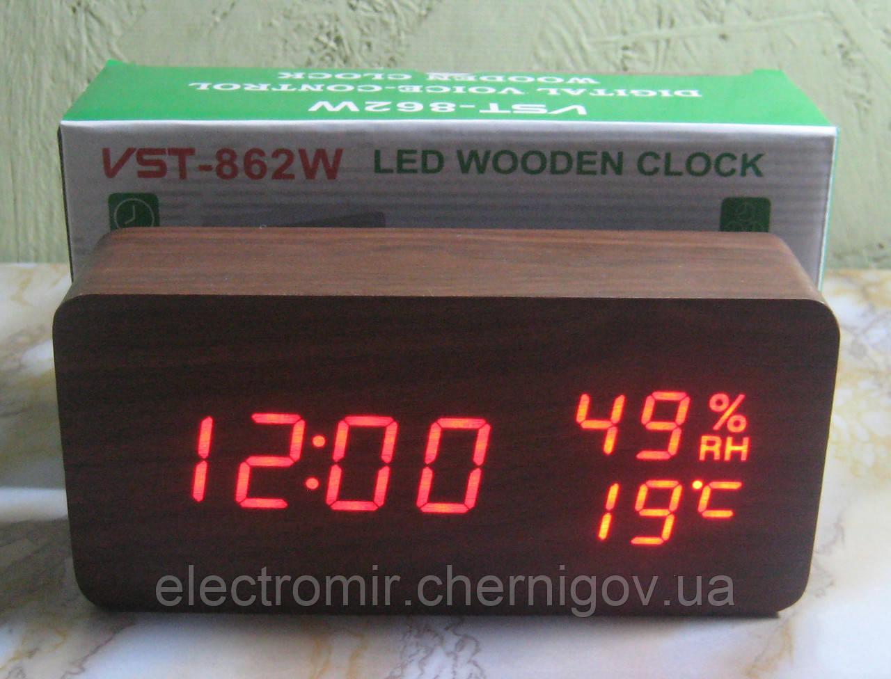 Часы в виде бруска дерева VST-862W (коричневые, красная подсветка)