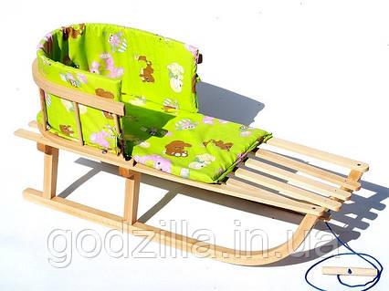 Санки деревянные WOOD со спинкой и зеленым матрасиком