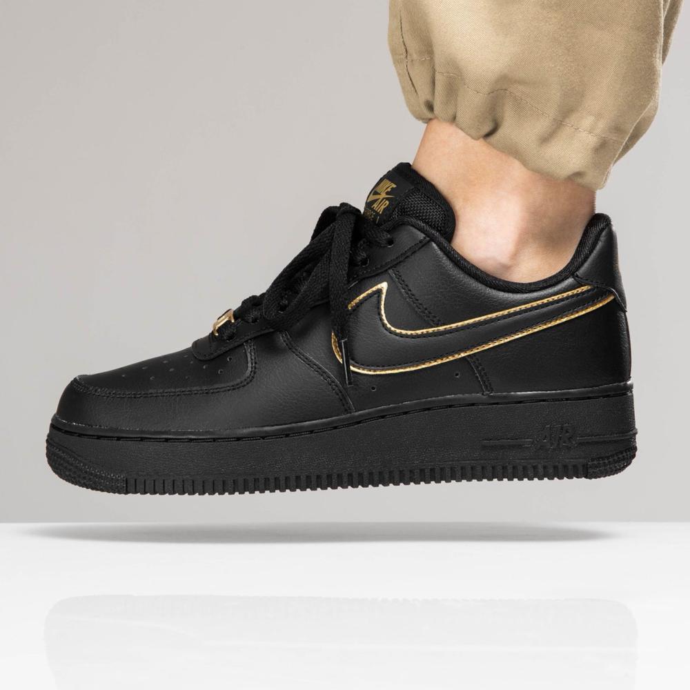 Кросівки жіночі Nike Air Force 1 Low Black Gold в стилі найк форси Чорні (Репліка ААА+)