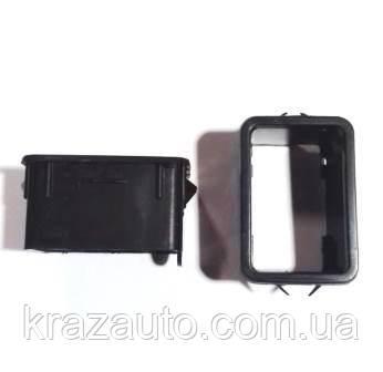 Рамка выключателей  КамАЗ 5320-3710015-01