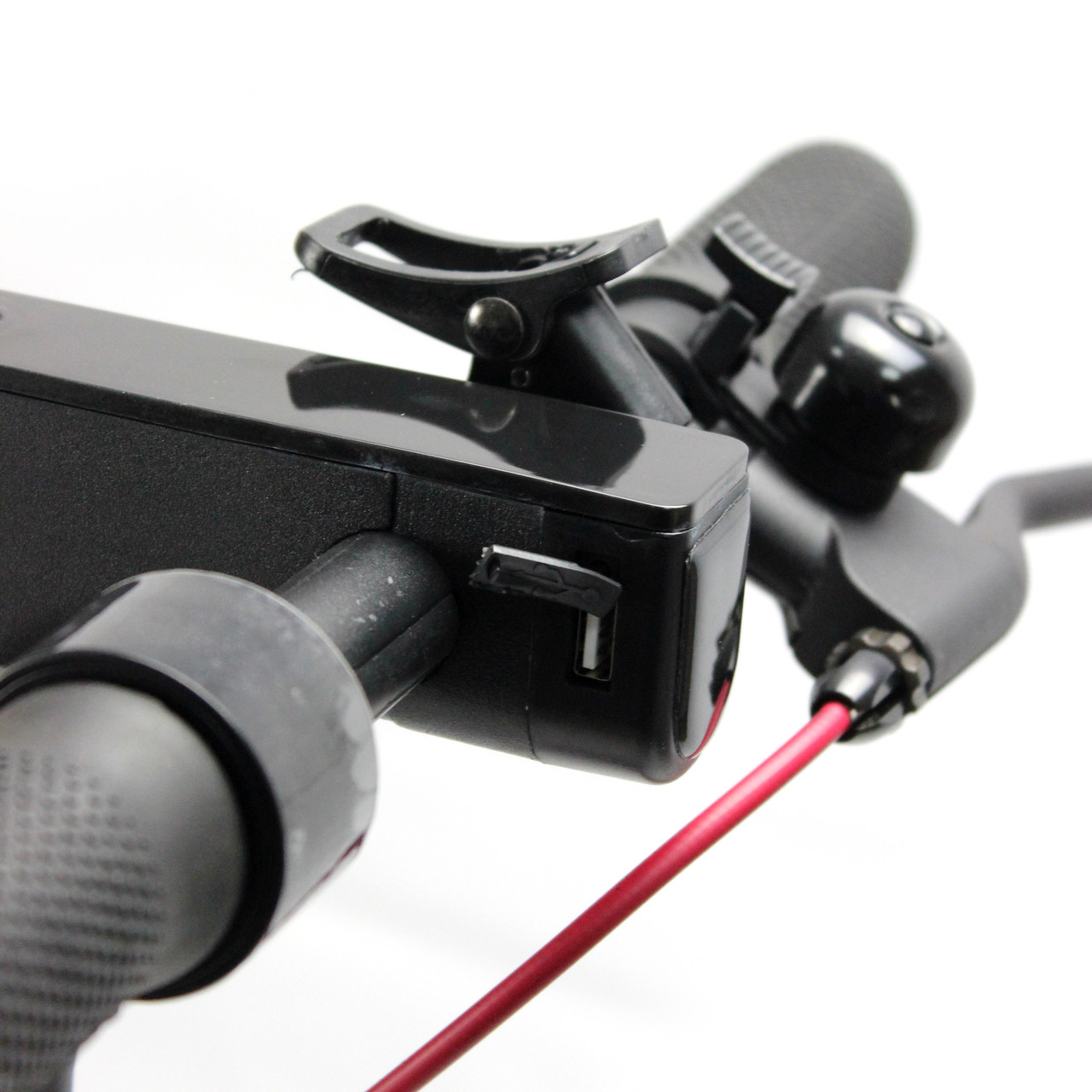 USB роз'єм для зарядки телефону на Електросамокат Crosser E9 MAX