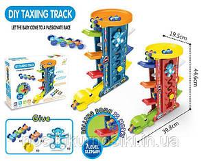 Швидкісний спуск з динозавром Гоночний пластиковий трек Паркінг з машинками 7 рівнів