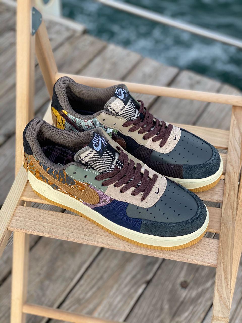 Кросівки жіночі Nike Air Force Travis Scott Cactus Jack