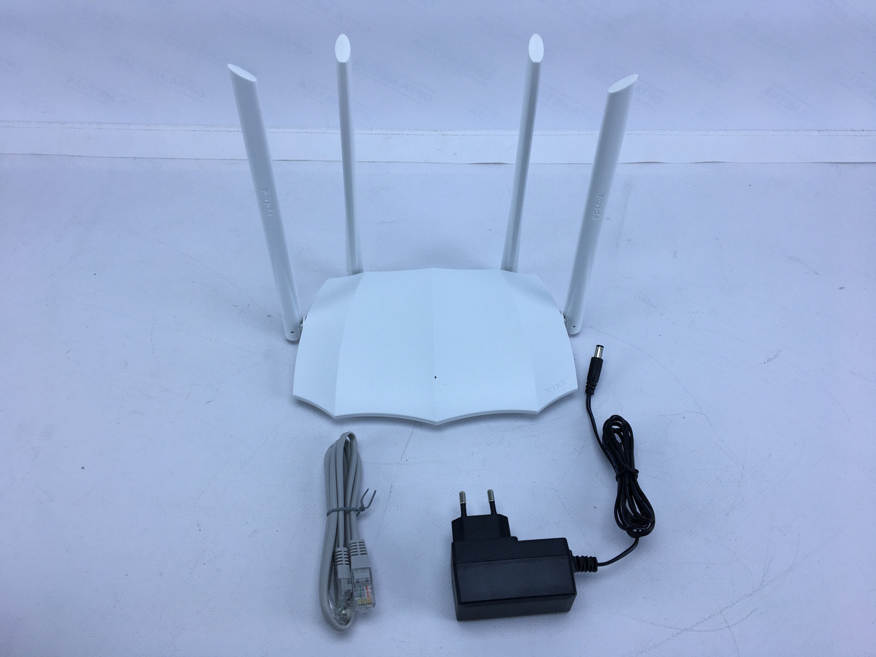 Маршрутизатор роутер Wi-Fi Tenda AC5 V3.0