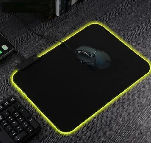 Килимок для клавіатури і мишки з підсвічуванням RASURE (репліка RAZER)