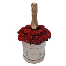 Букет з квітів і шампанського в коробці Харків доставка магазин