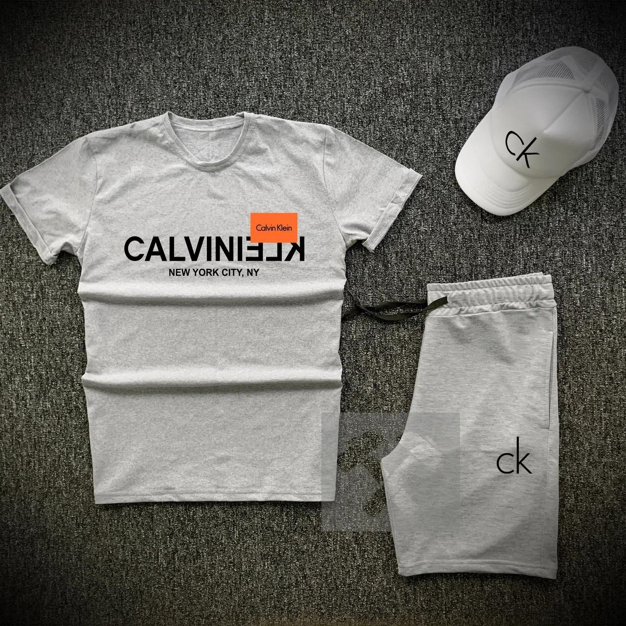 Футболка і шорти Calvin Klein сірого кольору