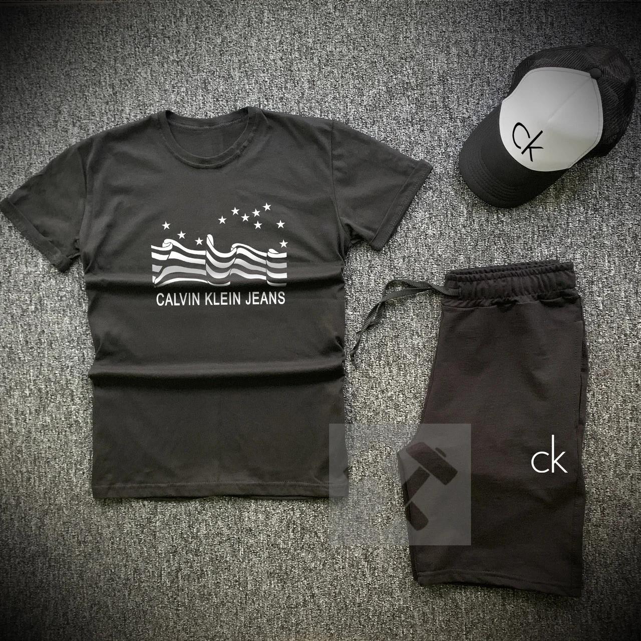 Футболка и шорты Calvin Klein черного цвета