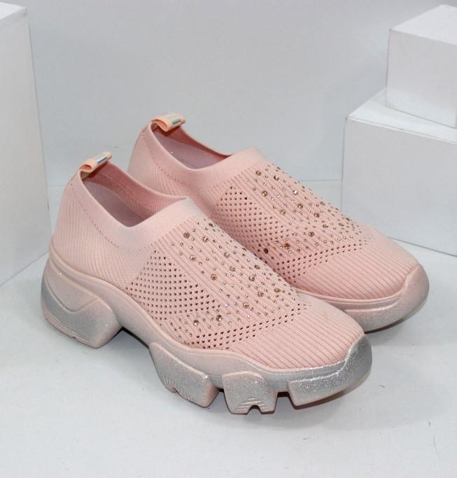 Кроссовки без шнурков на грубой подошве розового цвета из текстиля