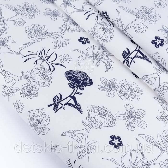 """Сатин тканина """"Темно-сині квіти"""" на білому №3443с"""