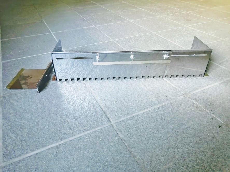 Гребінка розсувна універсальна для укладання плитки нержавіюча сталь (зуб 8х8 мм)