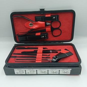 Професійний манікюрний набір (12 предметів) - виготовлені з міцної медичної сталі. Економить час